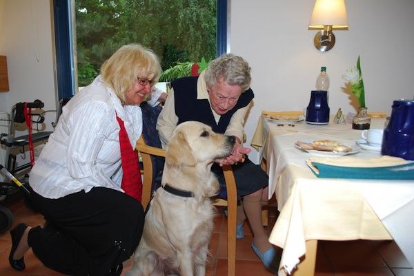 Foto zeigt einen Besuch vom Besuchsdienst